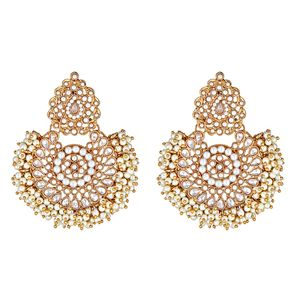Blossom Pearly Earrings in Clear