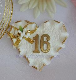Cold porcelain birthday heart