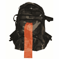 Deluxe Camo Backpack with Orange Pull-Out Flag