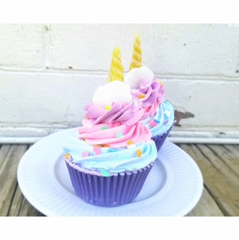 Rainbows and Clouds Cupcake Bathbomb
