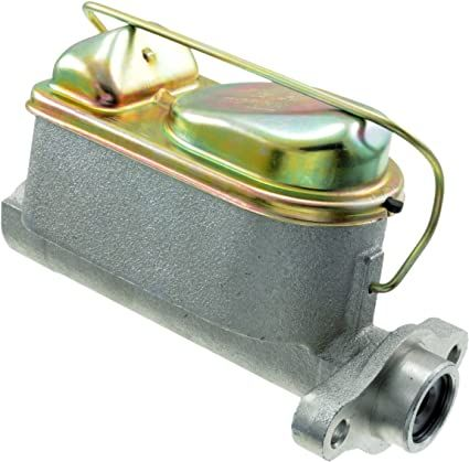 1-1/8 Inch Iron Master Cylinder for Ford (Ports Face Motor)