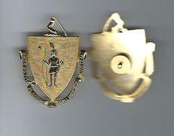 MA. INDIAN SHIELD HAT BADGE GOLD