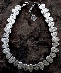 6919 Necklace