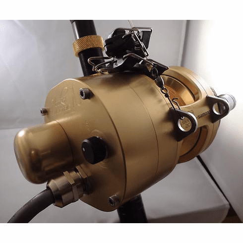 Hooker Electric Reel with Shimano Tiagra 20 Reel