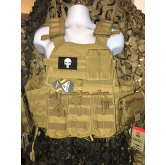 "Condor Coyote Punisher Carrier & Molle & (2) Level III 10x12"" AR500 Plates & Side Plates"