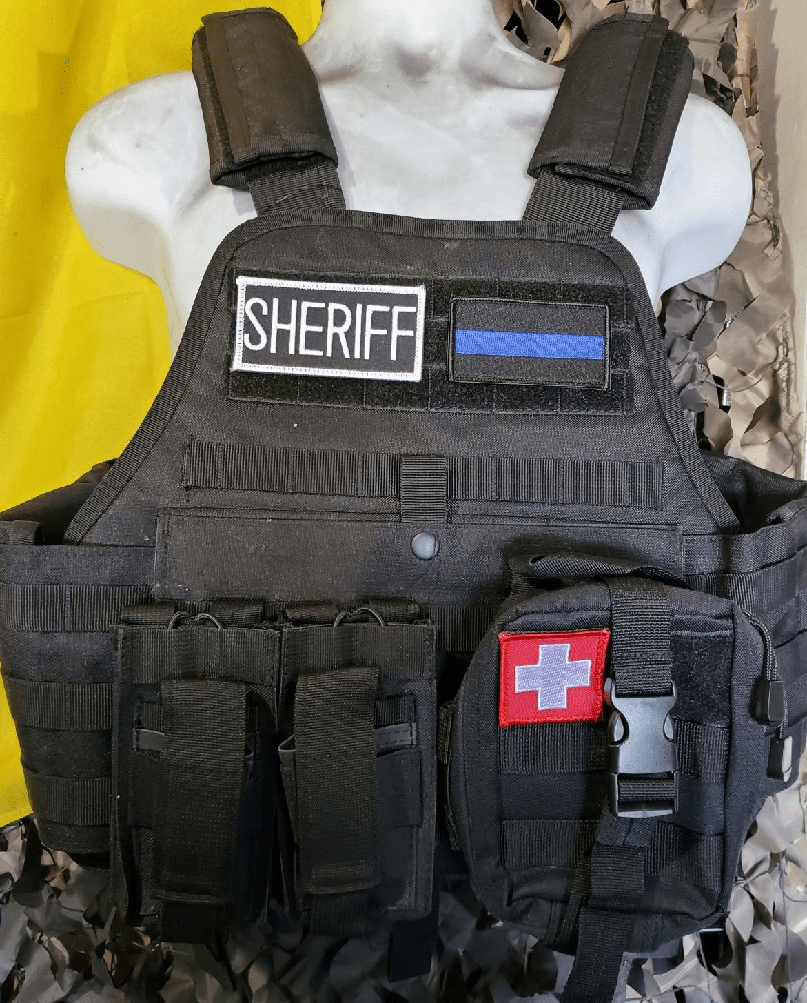 """Rothco Tactical Sheriff Operator Plate Carrier, Molle and (2) 10"""" x 12"""" Certified AR500 NIJ Plates"""