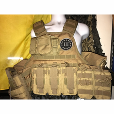 "Voodoo III% Deluxe ""Big Man"" Plate Carrier 2XL & (2) 10x12"" AR500 Plates & Sides"