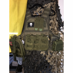 "Voodoo Tactical ""Big Man"" Plate Carrier 2XL-5XL & (2) 10x12"" AR500 Plates & 6x6"" Side Plates"