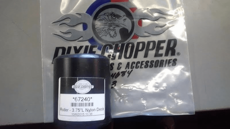 "Dixie Chopper OEM Heavy Duty Short Roller 3.75"" Long 67240"