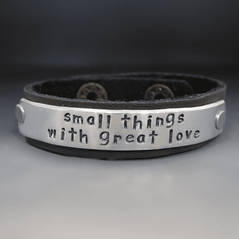 Personalized Leather 1/2 Inch <br>Wide Leather Cuff