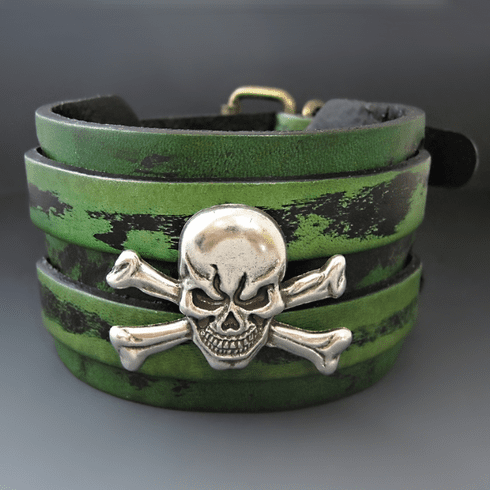 Skull & Crossbones Leather Bracelet