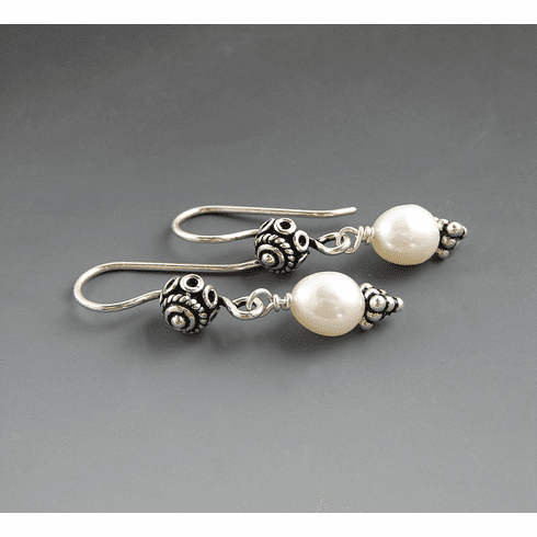 The Perfect Pearl Earrings (Sold)