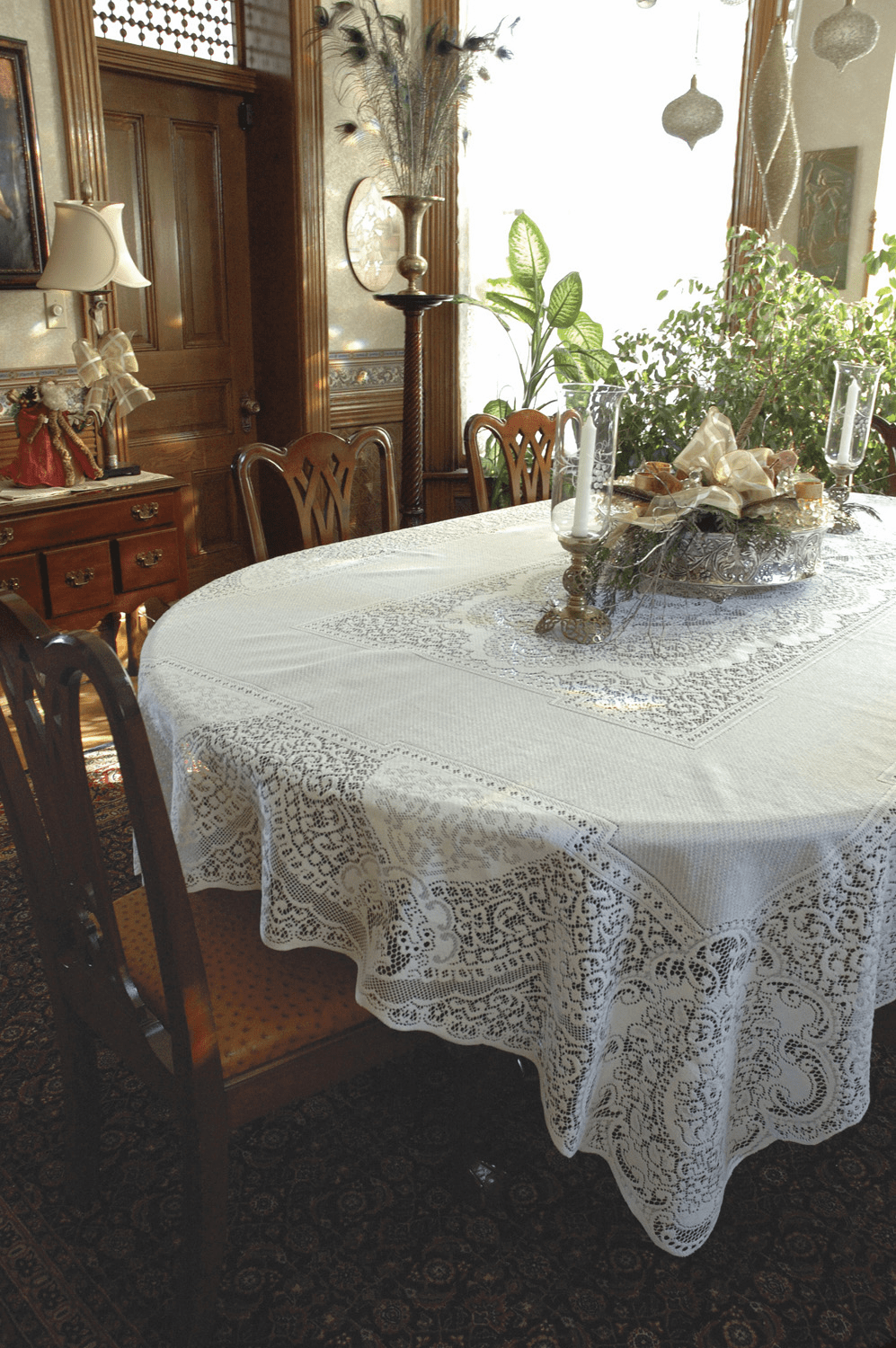 Canterbury Classic Small Rectangle Tablecloth