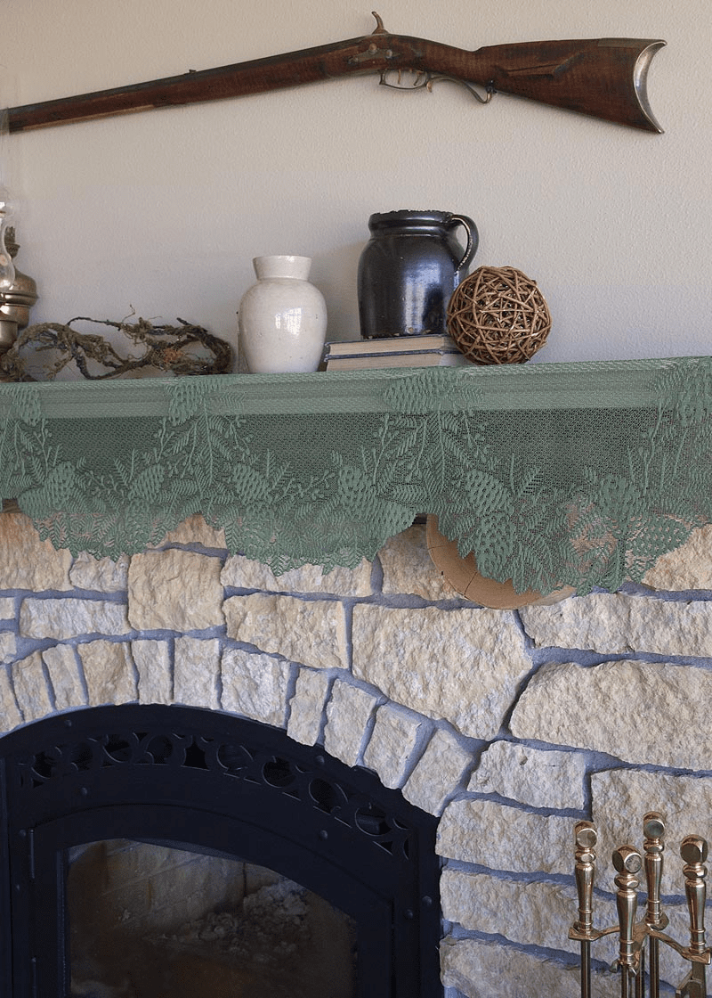 Highland Pine Mantle Runner