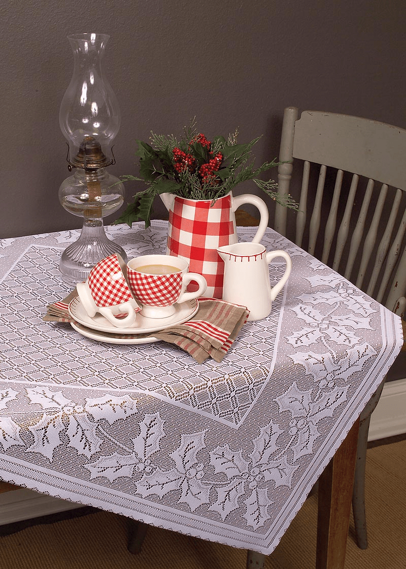 Holly Vine Large Table Topper