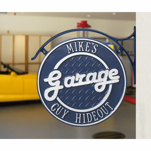 Package: Hanging Garage Plaque with Bracket in Dark Blue and Silver