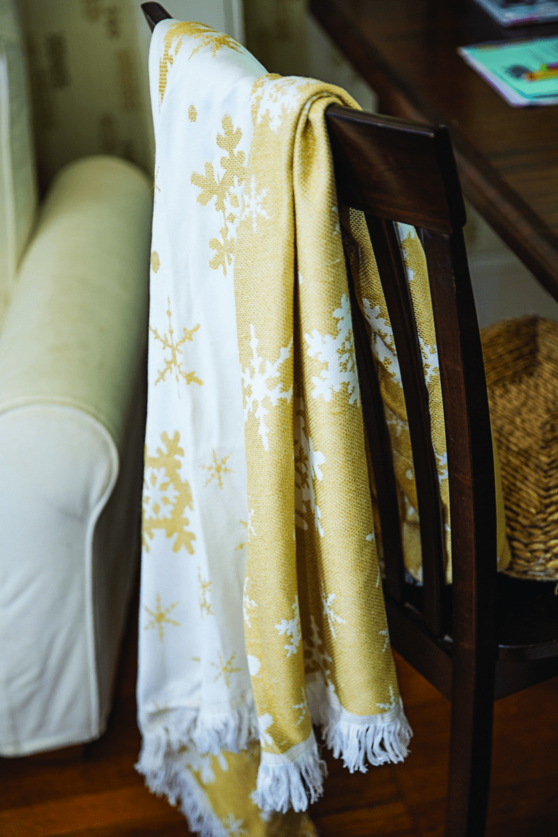Snowflake Gold and Cream Rayon Throw