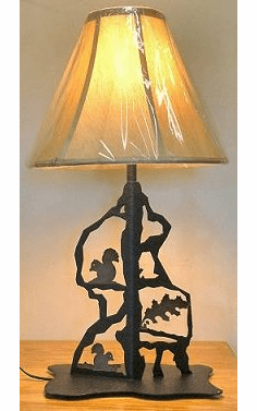 Squirrel Scenery Style Table Lamp