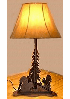 Squirrel Triangle Base Table Lamp