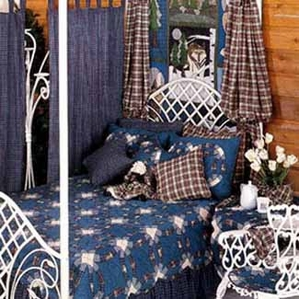 Blue Double Wedding Ring Quilt Set