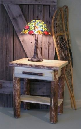 North Country Side Table with Drawer