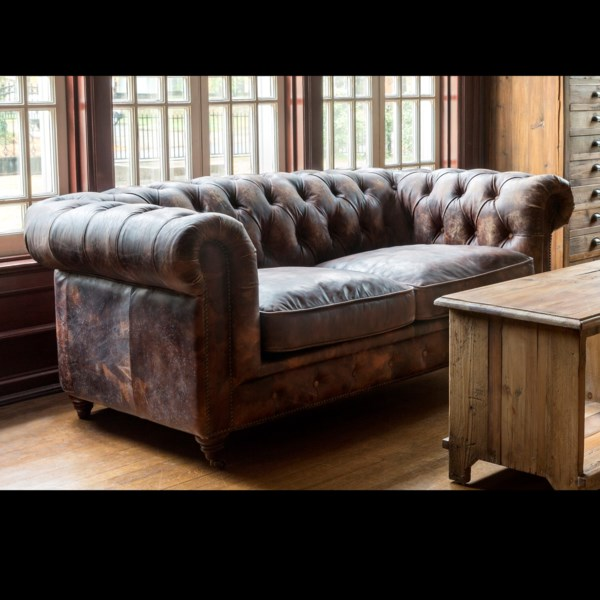 Park Hill Aged Leather Cattleman\'s Club Sofa