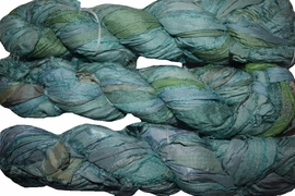100g Sari SILK Ribbon Art Yarn Myrtle Green
