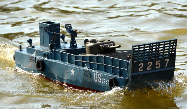 Big Scale 1:16 RC LCM 3  Remote Control WWII US Navy Vehicle Landing
