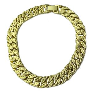 Gold Diamond Dust Cut Bracelet 9'