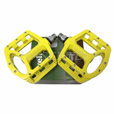 "Wellgo MG-1 BMX Bicycle Magnesium Pedals 9/16"" Yellow"