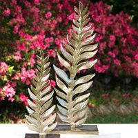 Fern Leaf Sculpture - Large