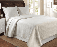 Ivory Diamond 3-Piece Quilt Set - Full/Queen