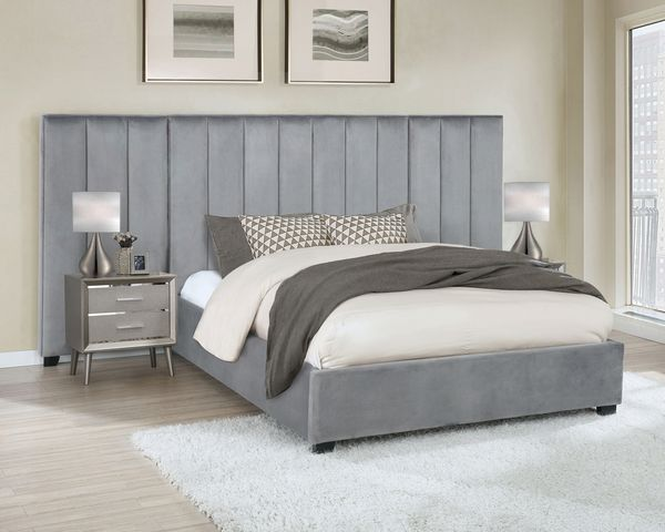 Arles Contemporary Grey Velvet Queen Bed with Panels by Coaster
