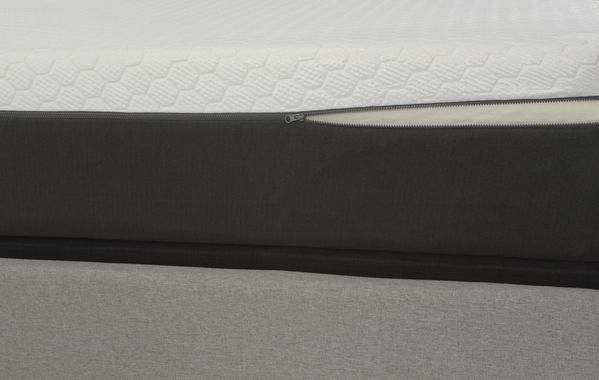 """Zoned 12"""" Tight Top Queen Hybrid Mattress by South Bay"""