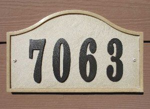 "Ridgestone Serpentine (12 7/8"" x 7 3/4"") Address Plaque System - Sandstone"
