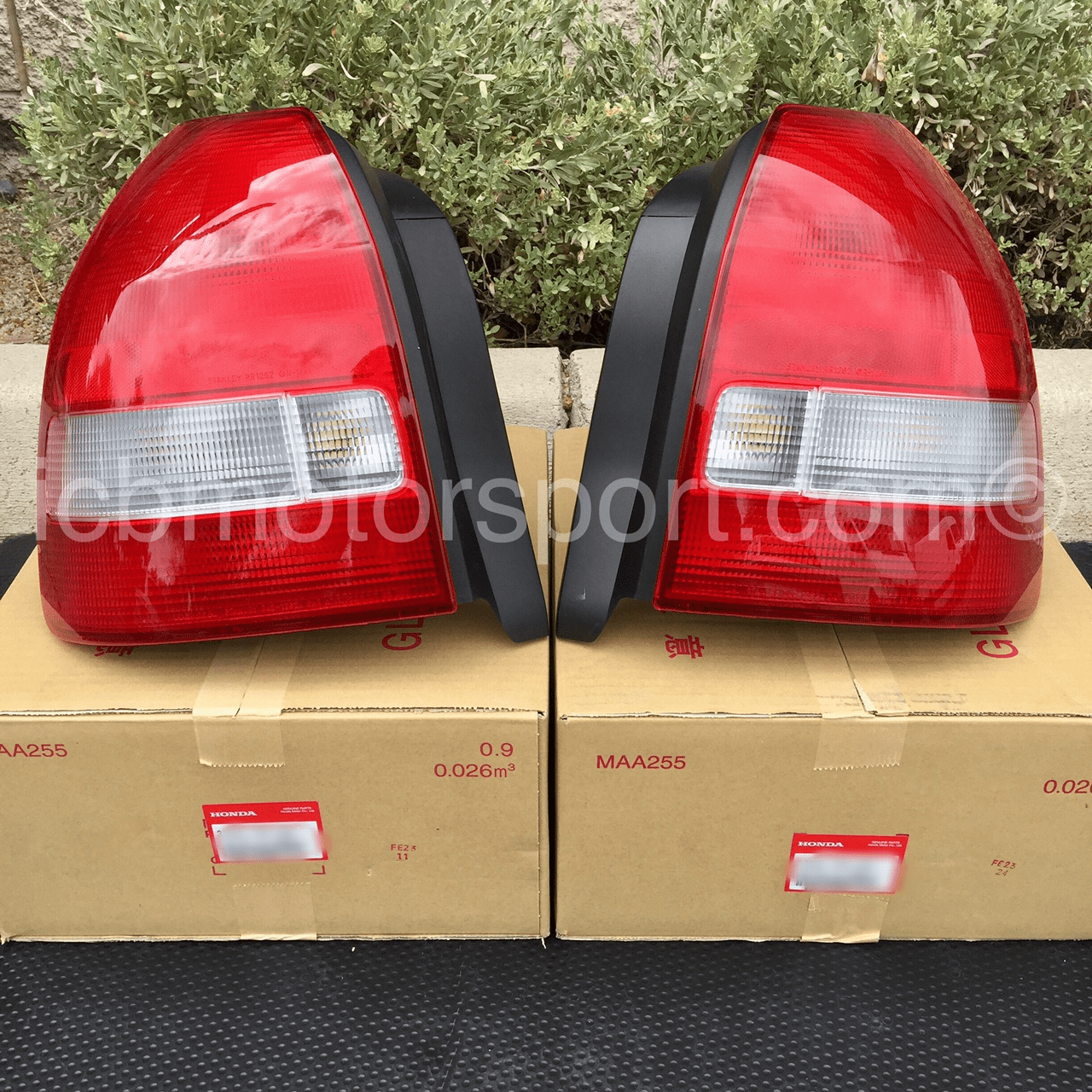 JDM EK9 CTR Type R Taillights (Set) 99-00