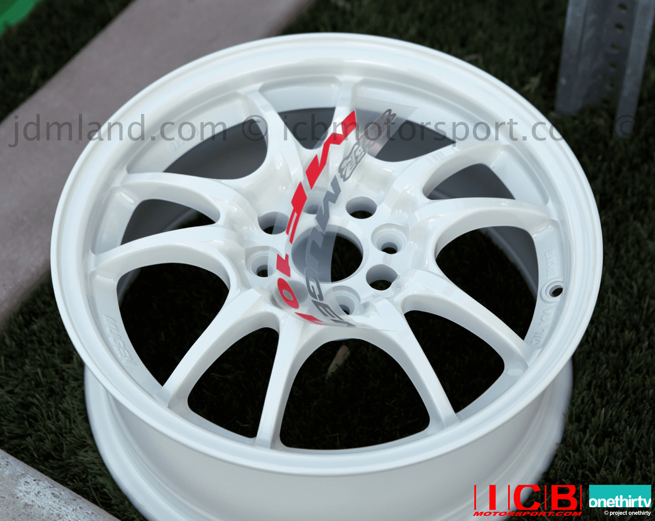 MUGEN MF10L White 15x6.5 +45 4X100 +45 Offset Set Limited