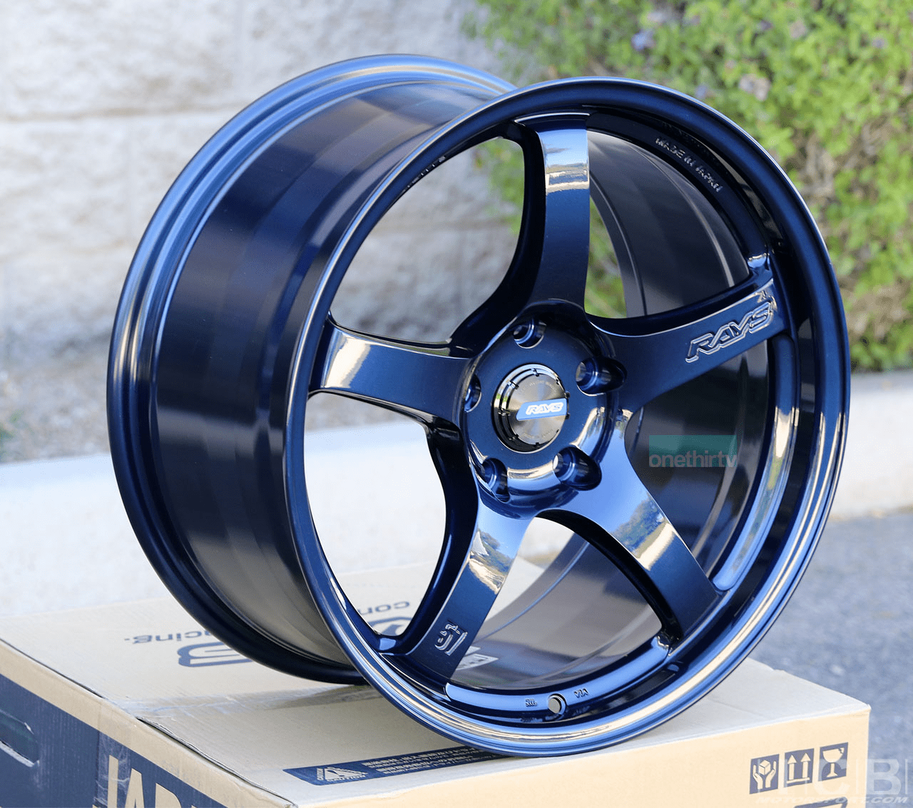 Rays Gram Lights 57CR 18X9.5 5X120 +38 Offset Eternal Blue Pearl  Concave Face FK8 CTR