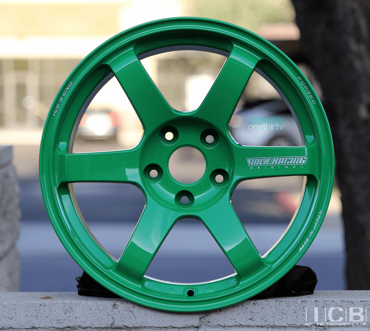 Rays Volk Racing TE37 SAGA Wheels 17X9 5X114.3 +22 Offset Concave Face-4 Takata Green