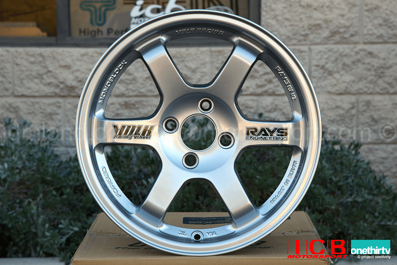 Rays Volk Racing TE37 Wheels 15X8 5X114.3 +32 Offset Mercury Silver