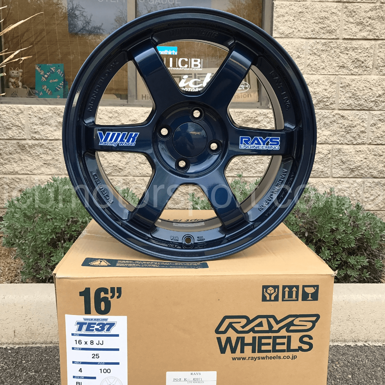 Rays Volk Racing TE37 Wheels 16X8 4X100 +25 Offset Mag Blue Concave Face Sold!