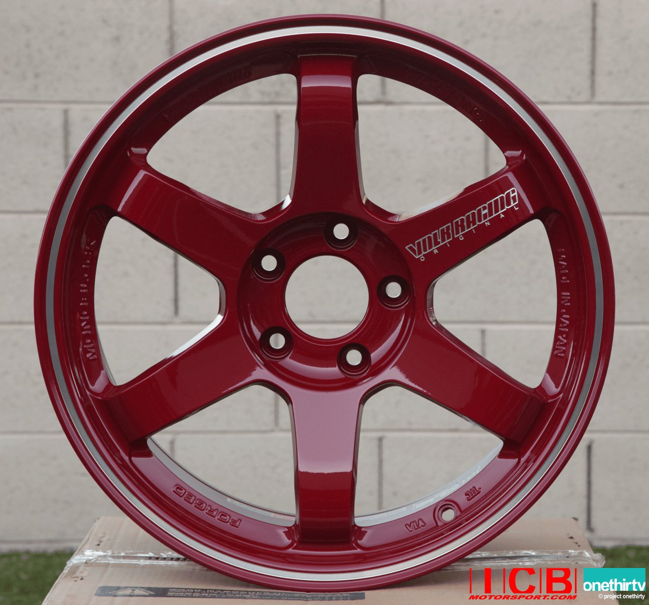 """Rays Volk Racing TE37RT Limited Edition Forged Wheels 18"""" 5X130 Porsche Burning Red"""