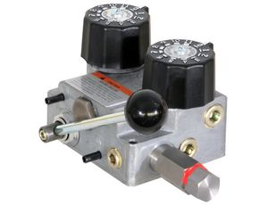 3/4 Inch NPT Dual Flow Hydraulic Spreader Valve Only 10-30 GPM, Buyers HV1030