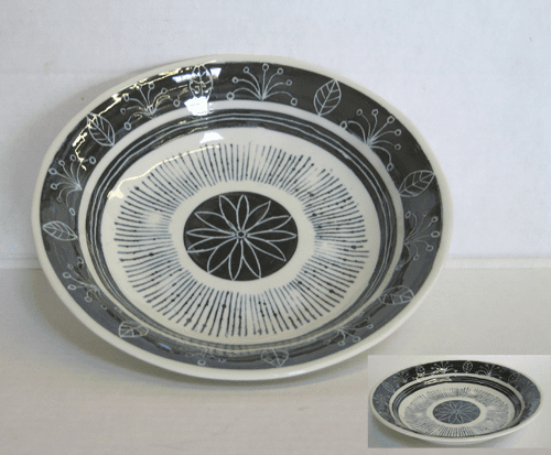 "Black and White Soup/Salad Bowls 8"" & 9-1/4"""