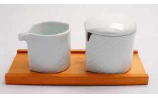 Hakusan Porcelain Creamer & Sugar Pot Set