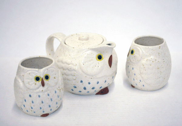 Snow/White and Blue Owl/Fukuro Tea Set