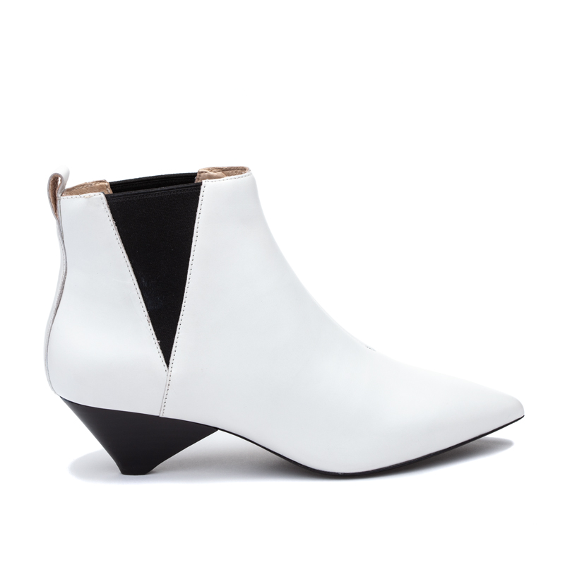 ASH Cosmos White Boot