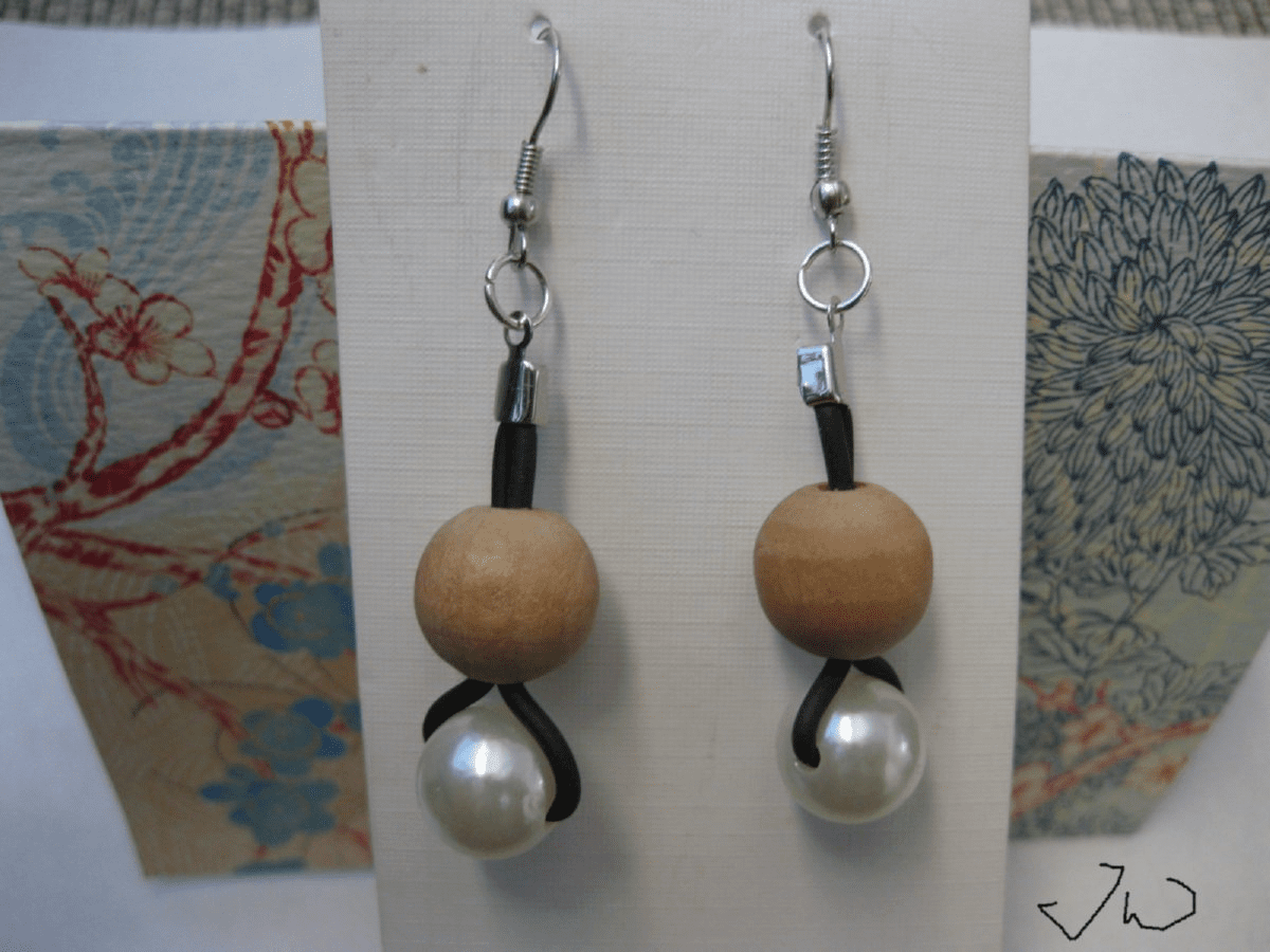 1 Wood bead and 1 Pearl bead Stainless Steel Earrings