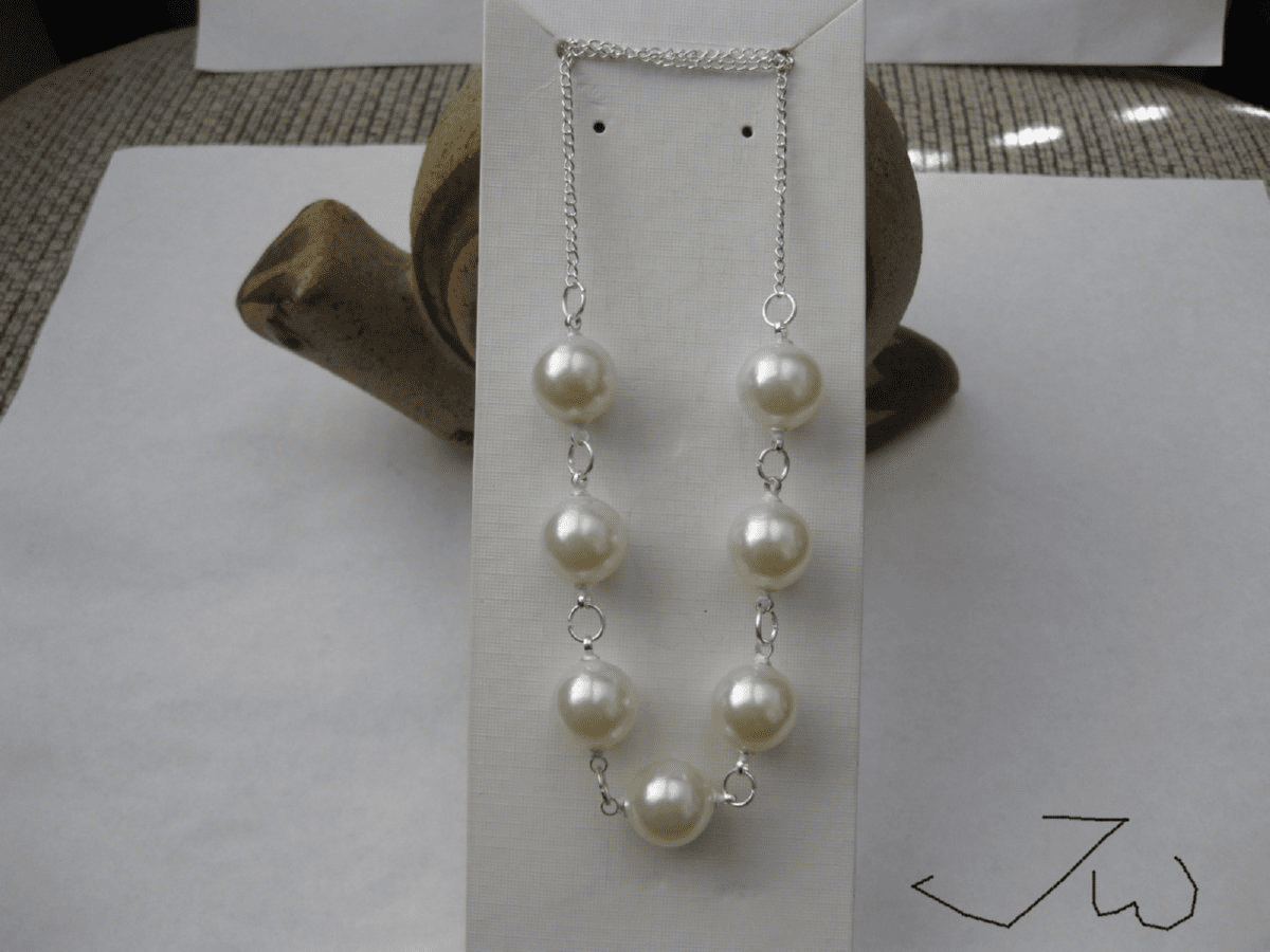7 Pearl Beads Silver Plated Necklace