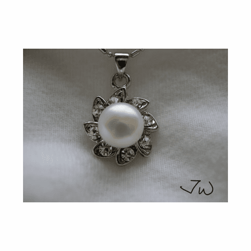 9-10MM Freshwater Pearl 18Kt WhiteGP Necklace with CZs